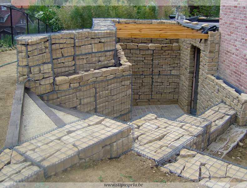 Gabion mons hainaut construction en pi pierres for Construction piscine hainaut