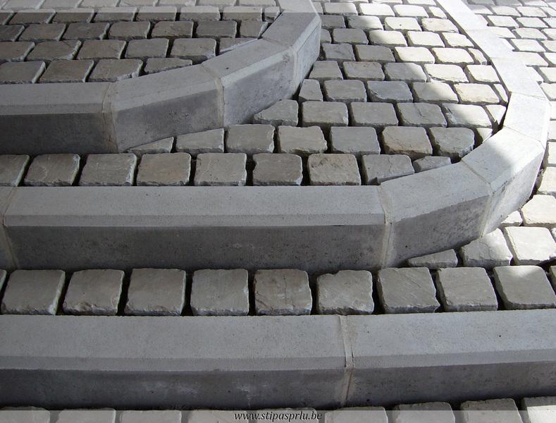 Escalier A Mons Hainaut Pierre Beton Exterieur